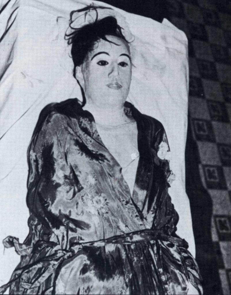 карл танцлер некрофил мумия отвратительные мужики disgusting men
